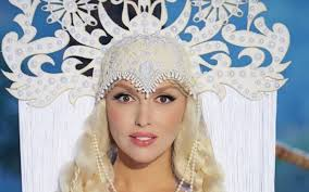 Оля Полякова стала обличчям нової колекції Андре Тана (фото)