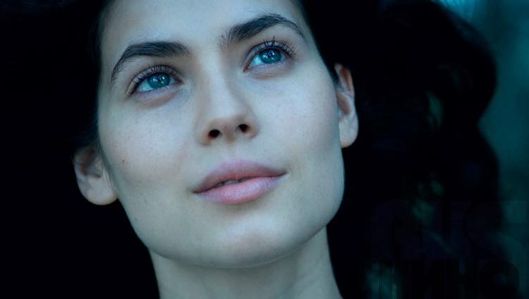 Актриса Юлія Снигирь шокувала жахливою фігурою (ФОТО)