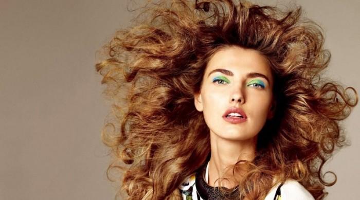 Українська топ-модель Аліна Байкова вразила фізичними здібностями (фото)