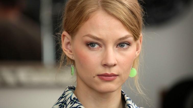 Популярна актриса Світлана Ходченкова освоїла водні лижі (ФОТО)