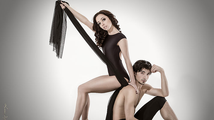 Балерина Катерина Кухар похизувалася фігурою на Одеському морі (фото)