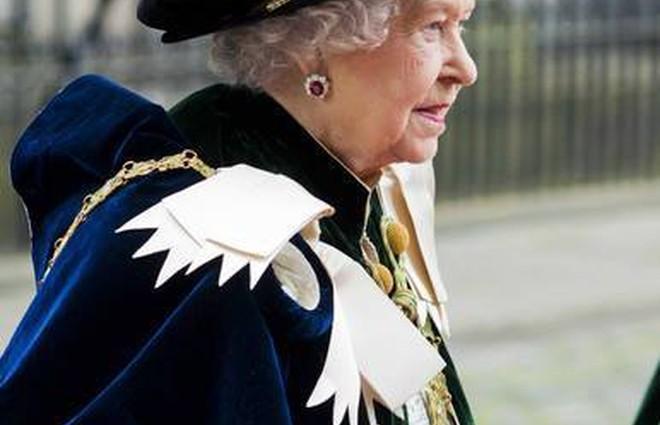 ЗМІ: Єлизавета II проти шлюбу Піппи Міддлтон з Джеймсом Метьюз (фото)