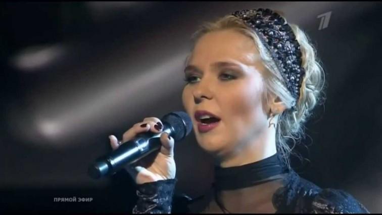 Вагітна співачка Пелагея вперше після весілля вийшла на сцену (ФОТО)