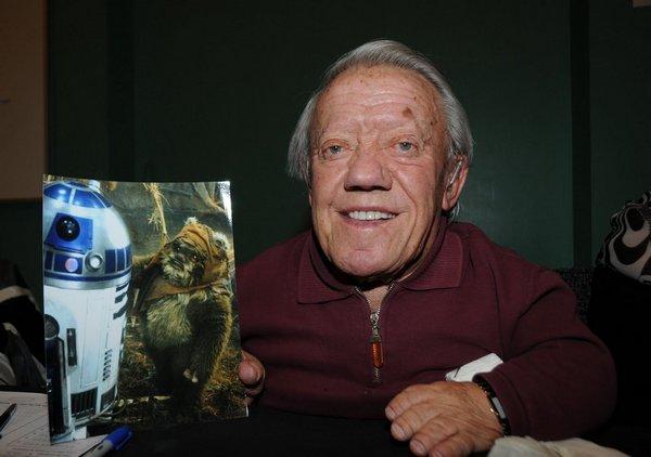 Помер актор, який зіграв робота R2-D2 в «Зоряних війнах» (фото)