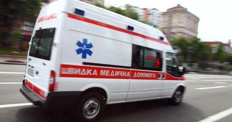Терміново: відому українську актрису госпіталізовано просто зі сцени, лікарі роблять все можливе (ФОТО)