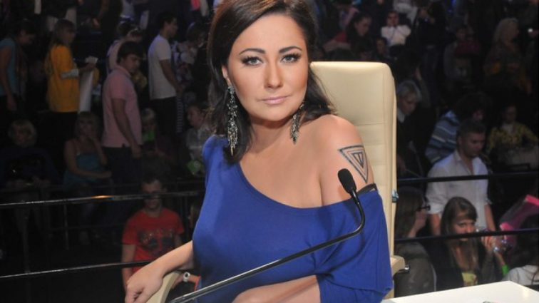 Екс-дружина Пономарьова Олена Мозгова вперше показала фігуру в купальнику (ФОТО)