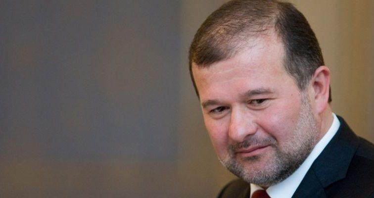 Янукович ридає зі своїм Межигір'я: донька Балоги показала непристойно розкішний будинок її родини (ФОТО)