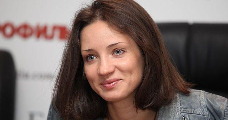 Тетяна Денисова зробила невдалу пластичну операцію і тепер може ганяти ворон на городі (ФОТО)