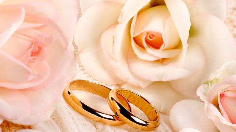 Розпусниця: відома телеведуча вийшла заміж за чоловіка на 11 років молодшого за неї (ФОТО)