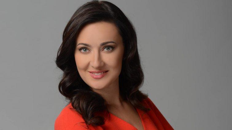 Соломія Вітвіцька показала свою до непристойності розкішну квартиру (ФОТО)