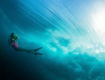 Тільки тут її не було: фотосесія Каменських на пляжі і під водою(ФОТО)