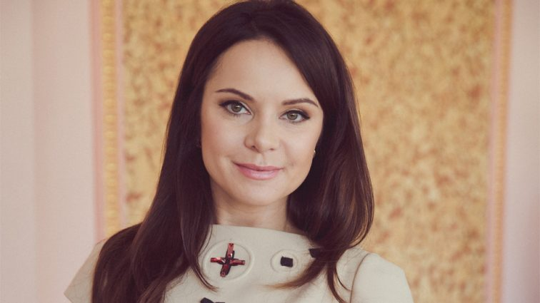 Поява року: Лілія Підкопаєва вперше за багато часу показала своїх дітей і розкішний особняк (ФОТО)