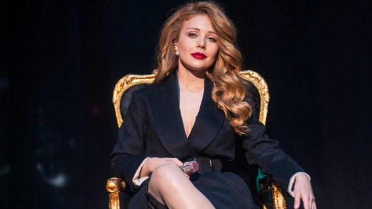 Улюблениця мільйонів співачка Тіна Кароль може стати найкрасивішою в Україні