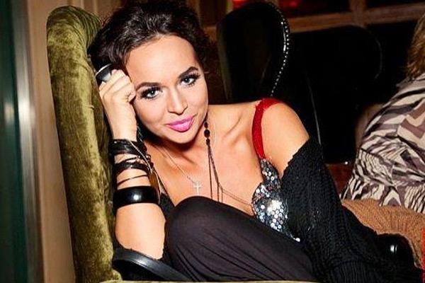 Співачка Маша Фокіна показала відверте фото у бікіні (18+)