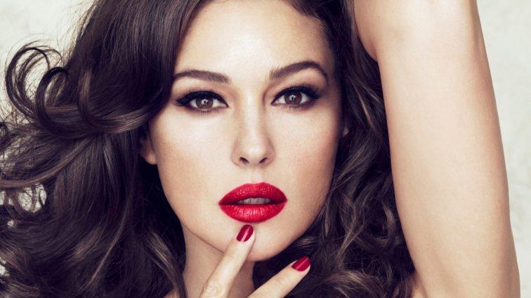 Рокова леді: як правильно підібрати червону помаду для будь-якого типу обличчя