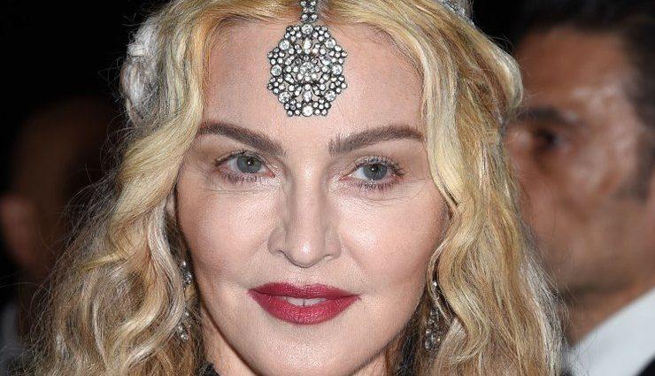 Мадонна опублікувала перше відео з прийомними дочками (ВІДЕО)