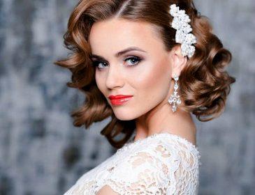 Для стильних наречених: весільні зачіски на коротке і середнє волосся (фото)