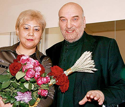 Alexey-Petrenko-Azima-Abdumaminova