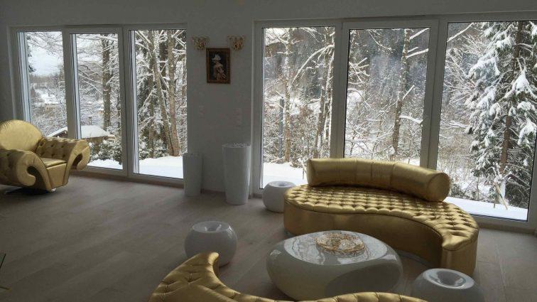 Пшонка-стайл: відома співачка показала свій непристойно розкішний французький будинок (ФОТО)