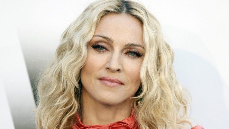 Сенсація: Мадонна вперше показала фото своїх нових дітей-близнюків