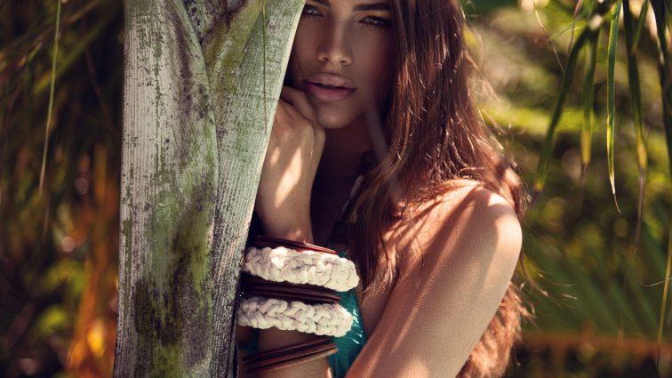 Вперше на обкладинку Vogue потрапила модель-трансгендер!