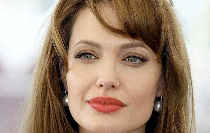 Біологічний батько старшого сина Джолі заявив про свої права на нього