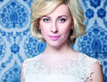 Неймовірно красива: спокуслива Тоня Матвієнко підкорила мережу розкішним вбранням (ФОТО)