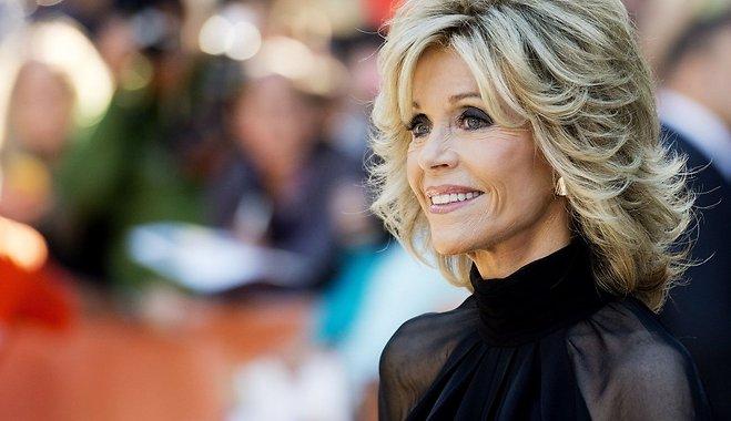 Елегантність без віку. 79-річна Джейн Фонда знялася в стильній фотосесії
