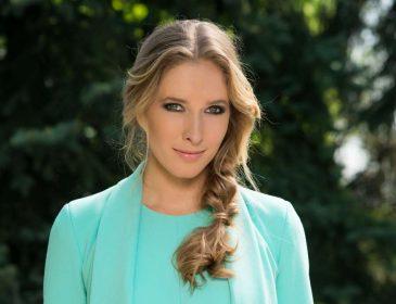 Зачарувала всіх: зваблива Катя Осадча вбила наповал розкішною сукнею (ФОТО)