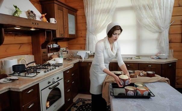 Марина Порошенко поділилась секретом приготування президентської паски (ВІДЕО)