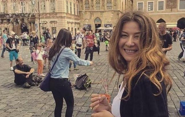 «Неймовірно жіночна!»: Жанна Бадоєва підкорила мережу природною красою (ФОТО)