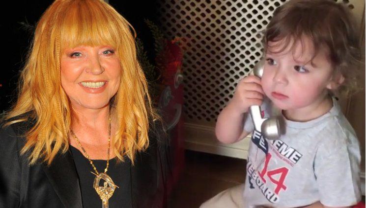 Ви такого ще не бачили: Як 3-річний син привітав зіркову маму З Днем Народженняя! Тільки не заплачте!(ВІДЕО)