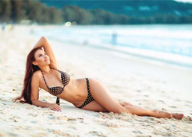 46-rіchna-Evelіna-Blodans-showed-іdealnu-fіguru-in-swimwear