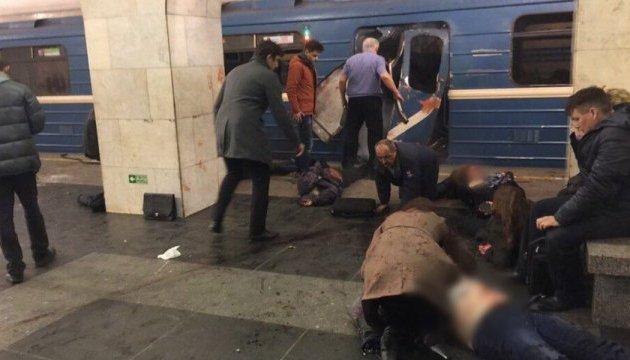 Страшне горе… Відомий на всю країну співак втратив найближчу людину в теракті у Петербурзі