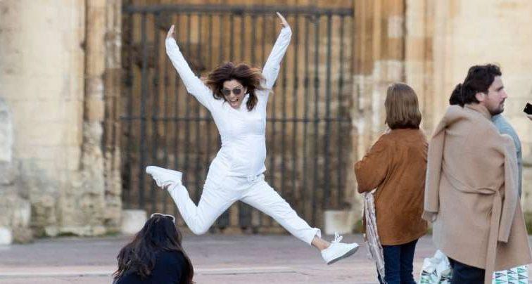 Оце новина! Єва Лонгорія вагітна?! З`явились фото з відпочинку в Іспанії