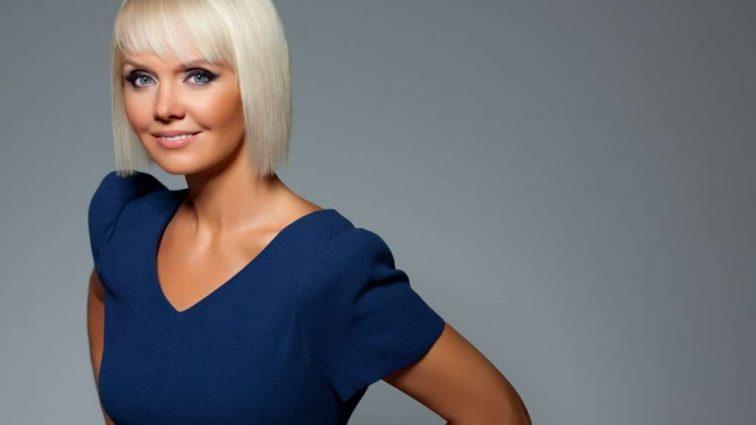 Курям на сміх: співачка Валерія прийшла на свій день народження в халаті!!! Ви тільки подивіться на неї