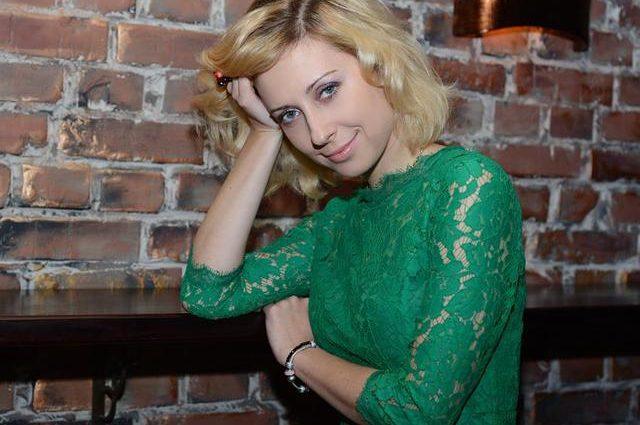 Мірзоян плаче… У Мережі розгулюють розпусні фото із дівич-вечора Тоні Матвієнко, такою її ще ніхто не бачив