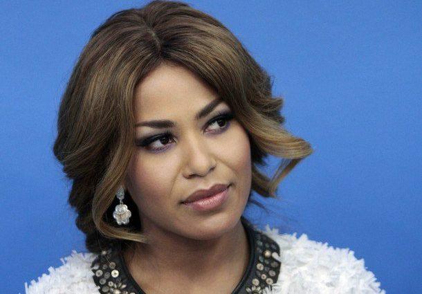 Вона прекрасна!!! Вагітна співачка Гайтана показала великий животик і нову зачіску