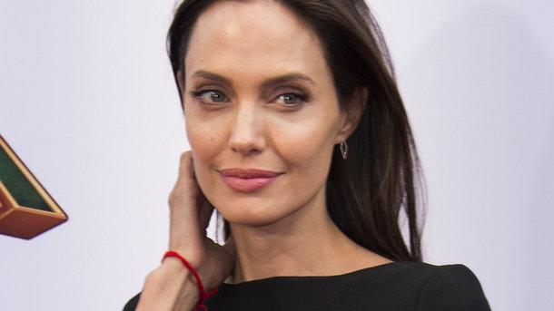 Він розбив їй серце: Анджеліна Джолі відверто розповіла про свої страждання! Запасіться носовичками!