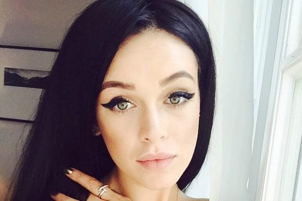 Ніби не милася… Марія Яремчук показала невдалий темний макіяж