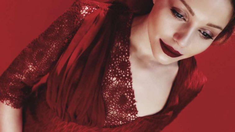 ВАУ! Наче сестрички! Тіна Кароль та Ліля Ребрик вразили неймовірною схожістю у чарівних сукнях! Ви онімієте коли побачите (ФОТО)