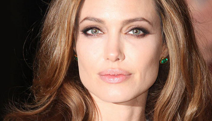 Що ж вона наробила! Анджеліна Джолі показала лице після ін'єкцій ботоксу! Подивіться, як вона зараз виглядає (ФОТО)