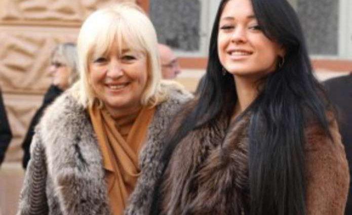 Такі затійниці: Марія Яремчук з мамою показали чим займаються! Не попадайте від здивування!
