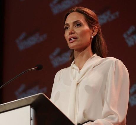Оце так: Анджеліна Джолі зробила гучну сенсаційну заяву! Ви втратите дар мови!