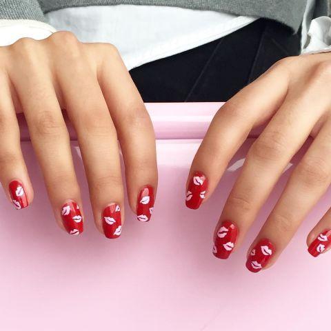 elle-red-nail-designs-wah