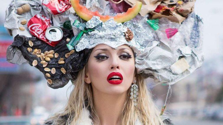 Що з її очима? Оля Полякова оприлюднила дуже ДИВНЕ фото без макіяжу! У Вас виникне багато питань!