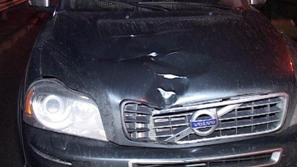 Відомий співак на автомобілі збив журналіста. Деталі пригоди шокують!