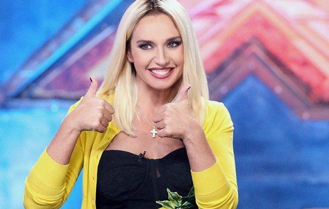 Ніби з болота вилізла… Оксана Марченко вийшла на сцену в жалюгідній зеленій сукні, шанувальники отетеріли
