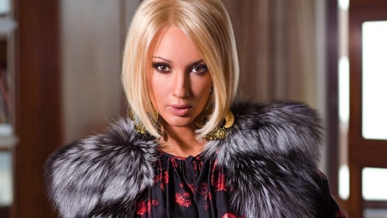 46-річна Лєра Кудрявцева поділилася пікантним фото