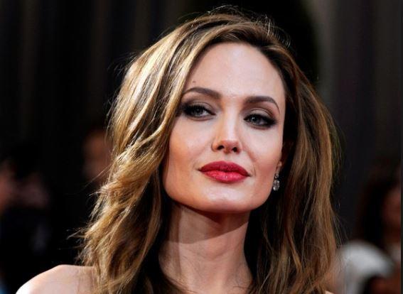 Все таємне стає явним! Анджеліна Джолі розповіла про  життя після розлучення з Бредом Піттом